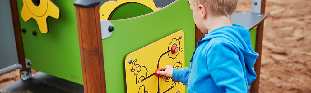 Playground multi-sensory play panels
